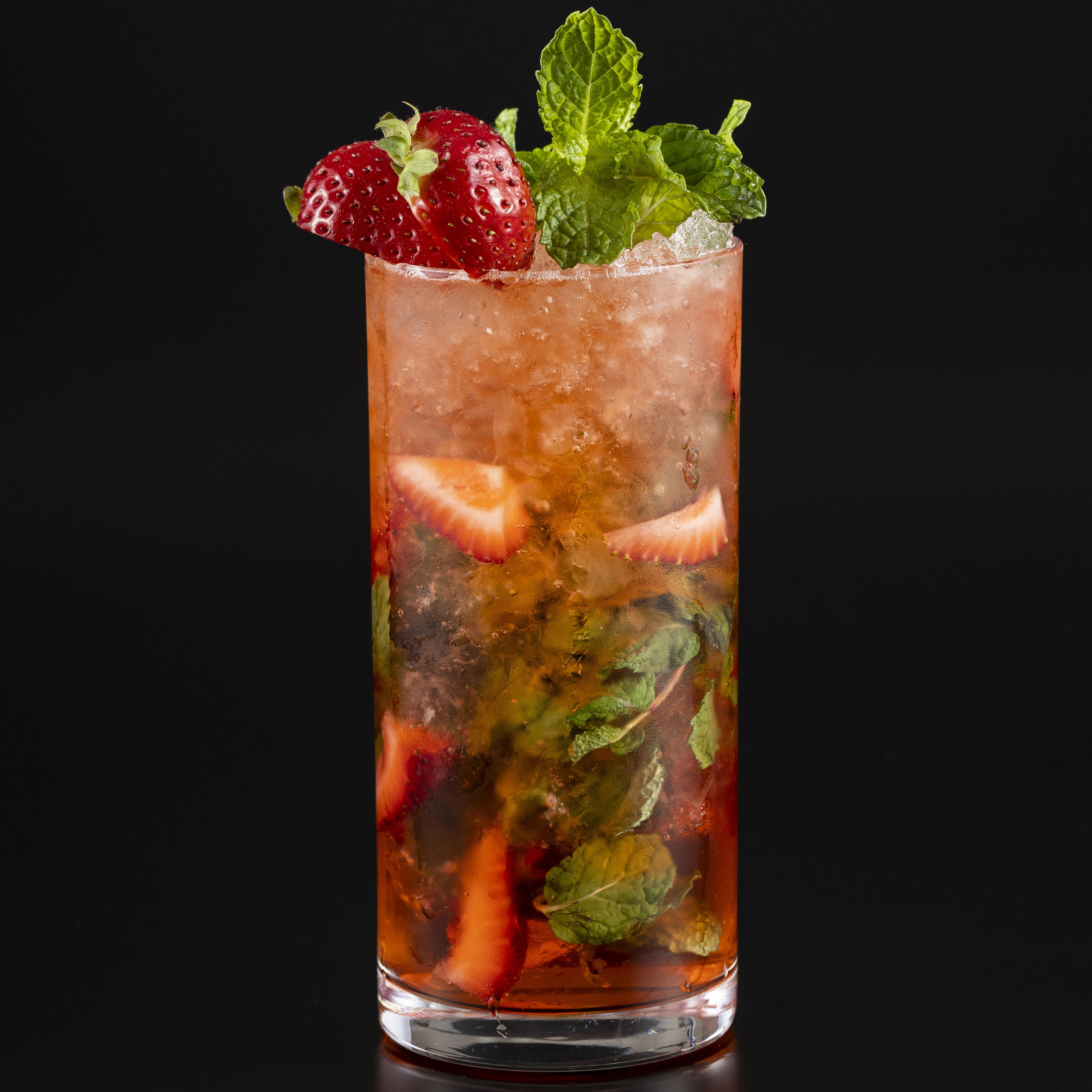 Fresh Strawberry Cocktail Fair ~フレッシュストロベリーカクテルフェア~